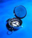 世界指南0029,世界指南,科技,表盖 指南针 指针