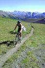 登山运动0133,登山运动,运动,独行者 小道 崎岖 炎热 考验