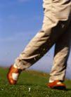 休闲运动0077,休闲运动,运动,摆腿 扫起 草屑