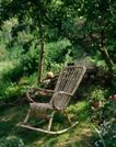 园林种植0134,园林种植,园林,竹椅 摇晃 放松 林荫下 小花朵