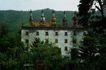 名院0134,名院,园林,隐蔽 破旧 屋顶 草丛中 山脚