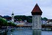 瑞士风情0013,瑞士风情,世界风光,水面 白鸟 岸上 林荫道 游客