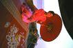 世界各地0040,世界各地,世界风光,油纸伞 伞具 坐地上