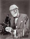 抽象生活0071,抽象生活,抽象,老科学家 观察 显微镜