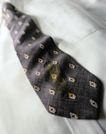 抽象物品0134,抽象物品,抽象,领带 花色 脏物 油渍 清洗
