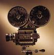 影视制作0101,影视制作,科技,两个盘片 电影播放机 竖立
