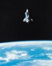 卫星科技0107,卫星科技,科技,球体表面 淡蓝色 飞行的卫星