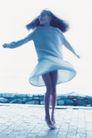 健康休闲0184,健康休闲,运动,赤脚 开心女孩