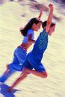 体育锻炼0171,体育锻炼,运动,急速奔跑 男童女童 背景模糊