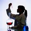 医疗器材0128,医疗器材,医学医药,酒精 加温 实验室 观察 实验员