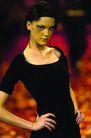 Sao Paul 女装冬季新品发布0224,Sao Paul 女装冬季新品发布,服装设计,黑色衣饰 叉腰