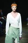 伦敦2004女装秋冬新品发布会0249,伦敦2004女装秋冬新品发布会,服装设计,长袖 摺胸 前开裙