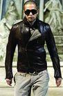 米兰2004秋冬新品发布会0221,米兰2004秋冬新品发布会,服装设计,黑色皮外套