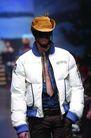 米兰2004秋冬新品发布会0232,米兰2004秋冬新品发布会,服装设计,帅气打扮 白色上衣