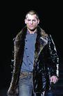 米兰2004秋冬新品发布会0243,米兰2004秋冬新品发布会,服装设计,毛领 皮衣 男士