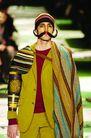 米兰2004秋冬新品发布会0245,米兰2004秋冬新品发布会,服装设计,八字胡 毛织品 披风