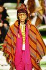 米兰2004秋冬新品发布会0246,米兰2004秋冬新品发布会,服装设计,条纹 披风 帽子