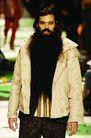 米兰2004秋冬新品发布会0250,米兰2004秋冬新品发布会,服装设计,一大把 黑胡子 羽绒服