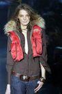 米兰2004女装秋冬新品发布会0630,米兰2004女装秋冬新品发布会,服装设计,