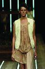 里约热内卢2004女装秋冬新品发布会0136,里约热内卢2004女装秋冬新品发布会,服装设计,马甲 缩裙 零乱