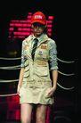 里约热内卢2004女装秋冬新品发布会0158,里约热内卢2004女装秋冬新品发布会,服装设计,帅气女模特