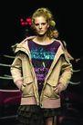 里约热内卢2004女装秋冬新品发布会0163,里约热内卢2004女装秋冬新品发布会,服装设计,女士休闲