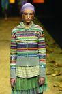 里约热内卢2004女装秋冬新品发布会0179,里约热内卢2004女装秋冬新品发布会,服装设计,青春洋溢 多彩针织衫 多层薄纱裙