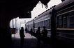 现代火车0098,现代火车,工业,候车 查票 上车