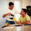 家庭和睦0098,家庭和睦,家庭情侣,兄弟 咖啡 百叶窗
