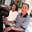 家庭和睦0118,家庭和睦,家庭情侣,老人家 钢琴 弹奏