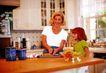 家庭和睦0131,家庭和睦,家庭情侣,母女 厨具 厨房 自制糕点 学习