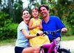 家庭和睦0142,家庭和睦,家庭情侣,骑车