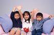 温馨家庭0119,温馨家庭,家庭情侣,孩子们 举手 欢呼