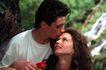 两人世界0105,两人世界,家庭情侣,白衬衫男士 在树下 男士吻女士额头