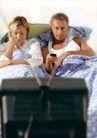 情侣生活0074,情侣生活,家庭情侣,坐靠 床上 看电视
