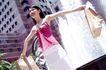 女性购物0075,女性购物,生活方式,喷泉 阳光 少妇