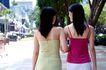 女性购物0077,女性购物,生活方式,手挽手 散步 街头