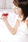 居家闲情0009,居家闲情,生活方式,葡萄液 品位 生活 酒杯 闭目 人物 肖像 女人 男人 人体