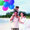 今日儿童0051,今日儿童,儿童教育,看海 骑在爸爸肩上 彩色气球