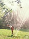童趣0012,童趣,儿童教育,浇灌 喷水器 家庭后园 水柱 扇形
