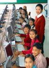 小学教育0032,小学教育,儿童教育,老师 机房 上电脑课