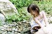 儿童玩耍0021,儿童玩耍,儿童教育,女孩 童年 石头