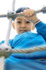 儿童玩耍0031,儿童玩耍,儿童教育,绳子 铁网 面容