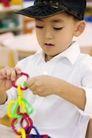学前教育0027,学前教育,儿童教育,动手 穿白衬衣 玩具