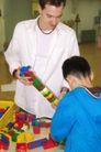 学前教育0034,学前教育,儿童教育,积木 大人 智力游戏