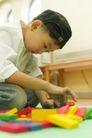 学前教育0049,学前教育,儿童教育,认真玩耍