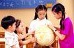 儿童游戏0028,儿童游戏,儿童教育,在教室 学习 小学生