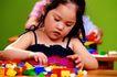 儿童游戏0030,儿童游戏,儿童教育,积木 桌子 胖女孩