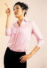 商务白领0172,商务白领,商业金融,时尚造型 粉色衬衣 手向上指