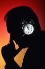 商务洽谈0053,商务洽谈,商业金融,商业构图 思考的人 闹钟